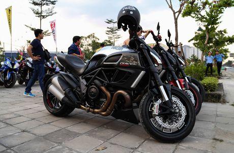 Hang chuc moto va sieu xe tap trung o Sai Gon - Anh 7
