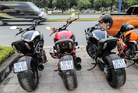 Hang chuc moto va sieu xe tap trung o Sai Gon - Anh 8