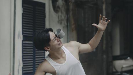 'Su tu Ha Dong' Diem Huong dong clip ve chung cu cu o Ha Noi - Anh 2