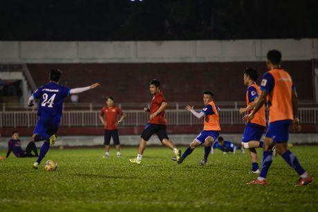 Cong Phuong, Cong Vinh tap dut diem truoc tran ban ket - Anh 6
