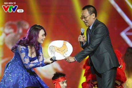 My Tam hua gui thiep moi cuoi cho Lai Van Sam dau tien - Anh 13