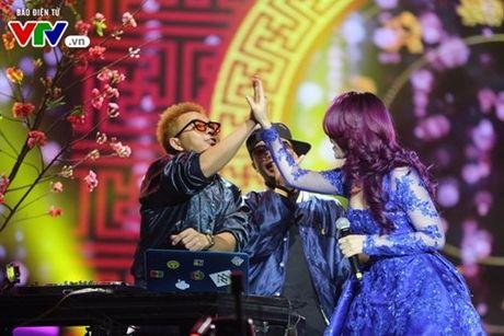 My Tam hua gui thiep moi cuoi cho Lai Van Sam dau tien - Anh 5
