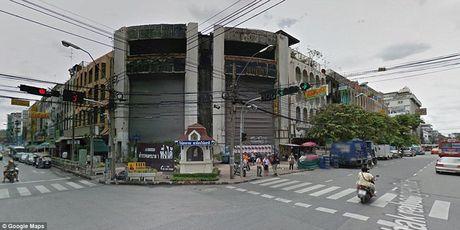 La lung 'ao ca' hang nghin con trong trung tam thuong mai bo hoang - Anh 9