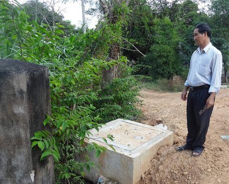 Het o nhiem nho biogas va cong thoat nuoc thai - Anh 2
