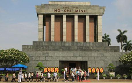 Lang Chu tich Ho Chi Minh hoat dong tro lai tu ngay 6/12/2016 - Anh 1