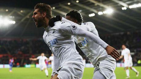 Doi hinh xuat sac nhat vong 13 Premier League: Vinh danh Sergio Aguero - Anh 11