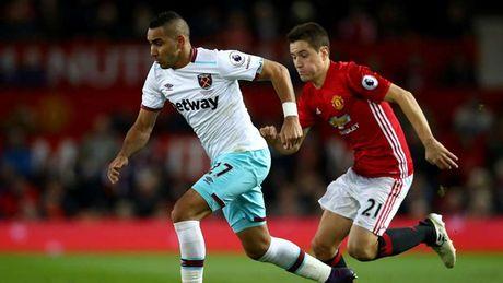 Doi hinh xuat sac nhat vong 13 Premier League: Vinh danh Sergio Aguero - Anh 9