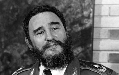 Cac nuoc tiep tuc chia buon truoc su ra di cua lanh tu Cuba Fidel Castro - Anh 1