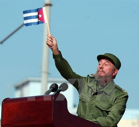 Bolivia de quoc tang 7 ngay de tuong niem lanh tu Fidel Castro - Anh 1