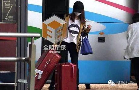 Fan buc vi cach cham vo bau doi lap cua Huynh Hieu Minh va Hoac Kien Hoa - Anh 4