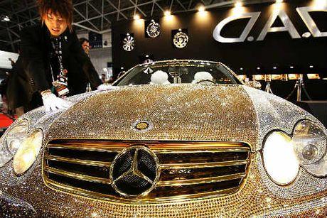 Loa mat Mercedes-Benz SL 600 kim cuong gia 109 ty dong - Anh 3