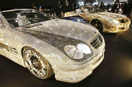 Loa mat Mercedes-Benz SL 600 kim cuong gia 109 ty dong - Anh 5