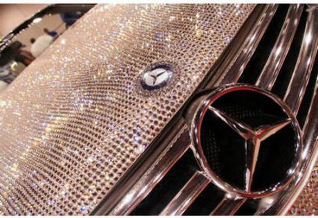 Loa mat Mercedes-Benz SL 600 kim cuong gia 109 ty dong - Anh 6