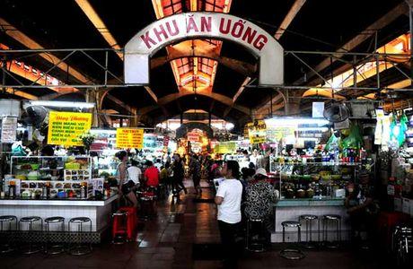 Dao quanh cho Ben Thanh thuong thuc du loai thuc an vat hap dan - Anh 1
