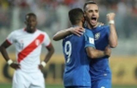 Truoc khi roi may bay, Chapecoense Real tung tao nen ky tich tai Brazil - Anh 3