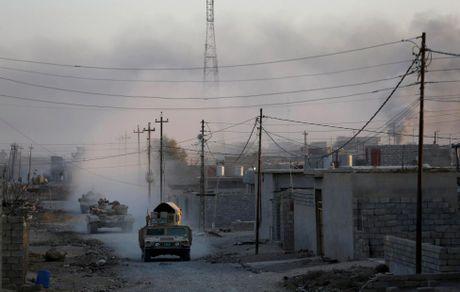 Chien su Mosul giua vung do thi qua anh - Anh 2