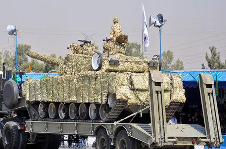 Tiet lo bat ngo suc manh xe tang Karrar cua Iran - Anh 7