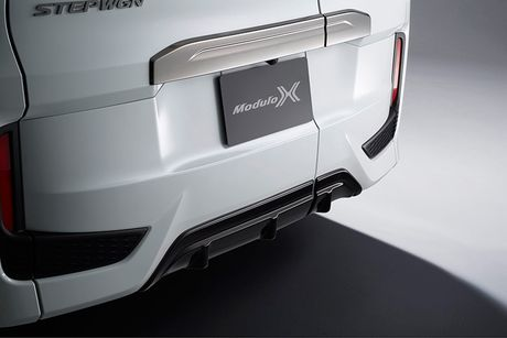 Honda StepWGN Modulo X - MPV gia dinh gia 790 trieu - Anh 4
