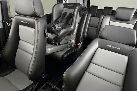 Honda StepWGN Modulo X - MPV gia dinh gia 790 trieu - Anh 8