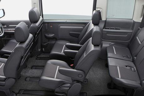 Honda StepWGN Modulo X - MPV gia dinh gia 790 trieu - Anh 9