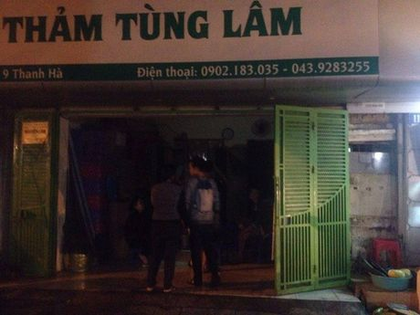 Chay lon ngay trung tam pho co Ha Noi - Anh 3