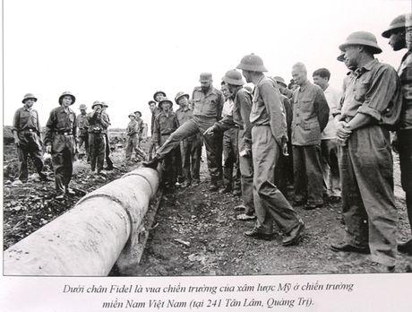 Buc anh de doi cua nguoi pho nhay chup Fidel Castro o Quang Tri - Anh 4