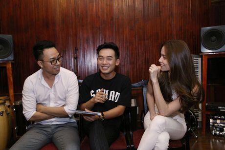 Nguyen Hong Thuan tiet lo tinh cam voi 'nu hoang showbiz' Ho Ngoc Ha - Anh 4