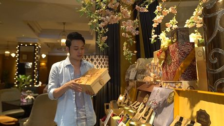 Chan song canh sang chanh, Quang Vinh trai nghiem mot Sai Gon binh dan - Anh 10