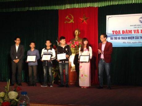 Trao hoc bong cho 21 sinh vien dat thanh tich xuat sac ve hoc tap ATTT - Anh 1