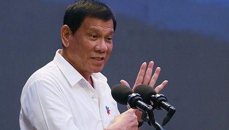 Tong thong Philippines khong muon bi chi huy trong quan he voi Hoa Ky - Anh 1