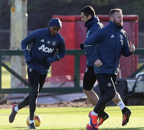 MU: Mourinho khoi dau te y het… Sir Alex - Anh 5