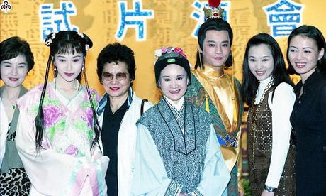 5 phien ban chim trong quen lang cua phim kinh dien noi tieng Hong Lau Mong - Anh 12