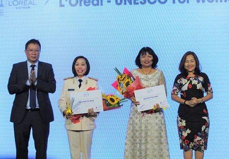 Vinh danh 5 nha khoa hoc nu xuat sac Viet Nam nam 2016 - Anh 1