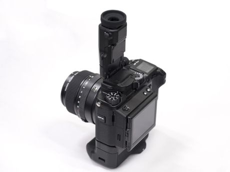 Day la tieng man trap cua chiec may anh medium format dau tien cua Fujifilm - Anh 4