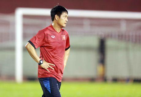 AFF Cup 2016: HLV Huu Thang lo lang vi Hoang Thinh tai phat chan thuong - Anh 12