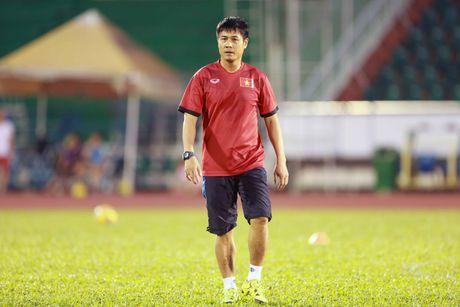 AFF Cup 2016: HLV Huu Thang lo lang vi Hoang Thinh tai phat chan thuong - Anh 3
