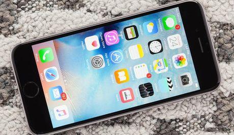 iOS 10.1.1 loi khien iPhone nhanh het pin? - Anh 1