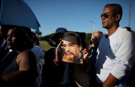 Cuba ban 21 phat dai bac bat dau le vieng Lanh tu Fidel Castro - Anh 2