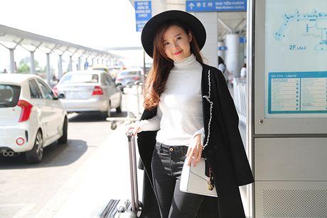 Trang Moon sexy, Midu kin dao o san bay - Anh 5