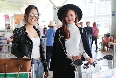 Trang Moon sexy, Midu kin dao o san bay - Anh 8