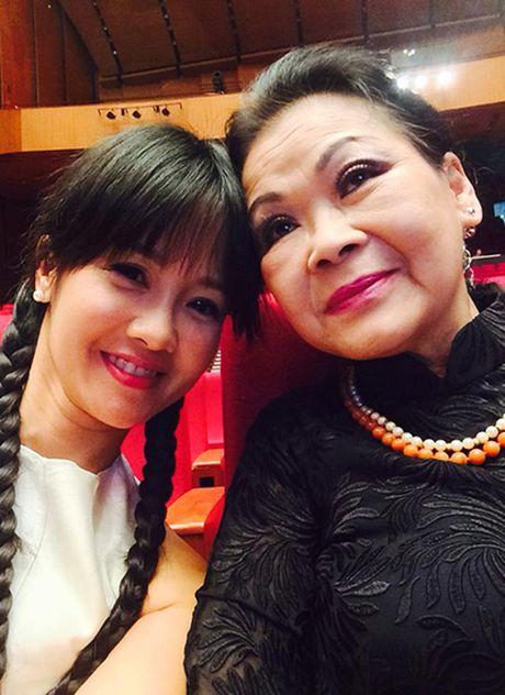 Khanh Ly: 'Du gia va xau, toi van muon hat canh Ho Ngoc Ha' - Anh 3