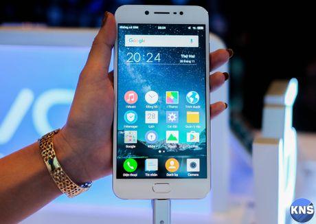 Lo dien chiec smartphone co camera truoc 20 MP - Anh 5