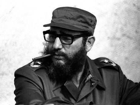 CIA voi 7 am muu am sat quai go nhat nham vao lanh tu Fidel Castro - Anh 1