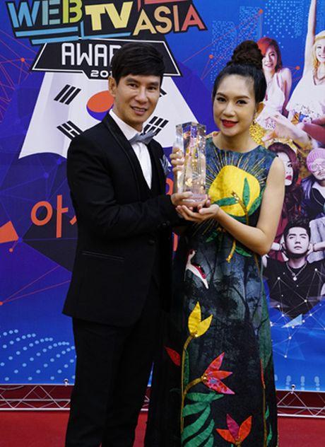 Chi Pu tiep tuc duoc vinh danh tai Han Quoc - Anh 11