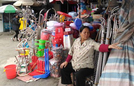 Tieu thuong om cham chu tich tinh Ha Tinh noi cam on - Anh 3