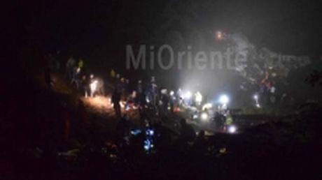76 nguoi thiet mang trong vu roi may bay tai Colombia - Anh 1