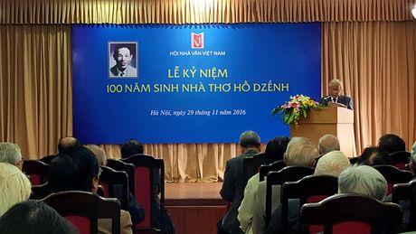 Nha van Ho Dzenh- Ngap tran xuc cam va tinh yeu thuong - Anh 2