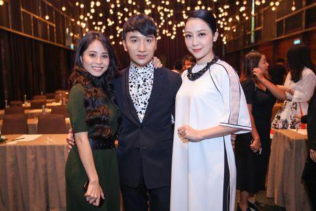 Ca nuong Kieu Anh do sac voi Linh Nga tai su kien - Anh 3
