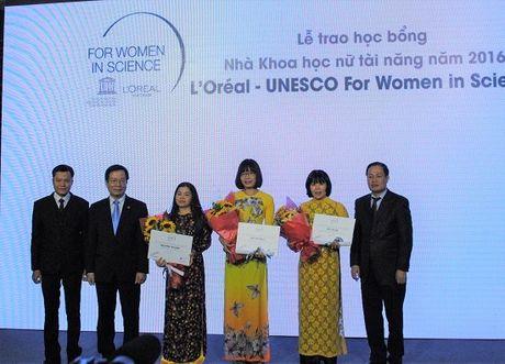 Vinh danh 5 nha khoa hoc nu xuat sac Viet Nam nam 2016 - Anh 2