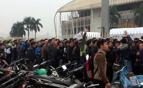 Viet Nam vs Indonesia: Sot xinh xich ve ban ket luot ve - Anh 1